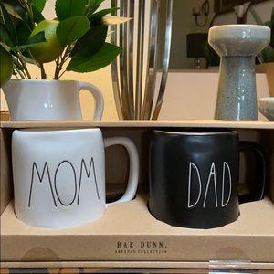 New Rae Dunn MOM & DAD  Black & White Coffee Mugs
